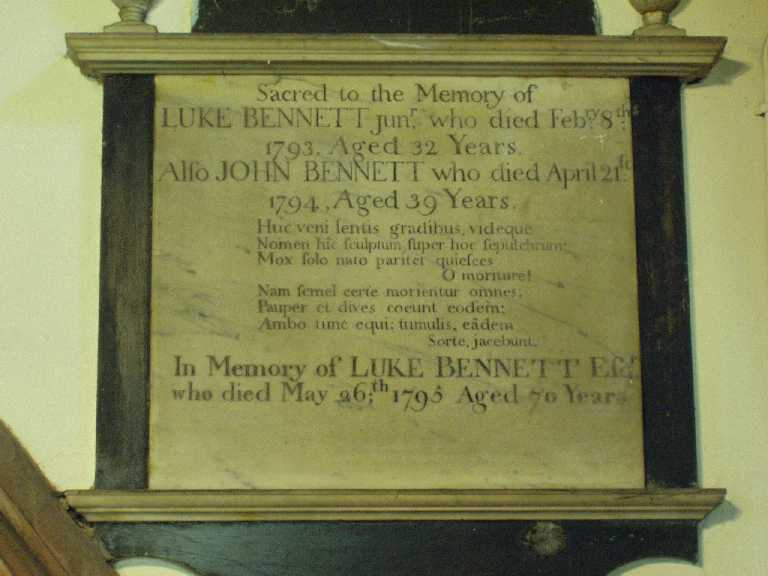 Bennett Memorial, St Margaret's Wolstanton - Photo November 2005